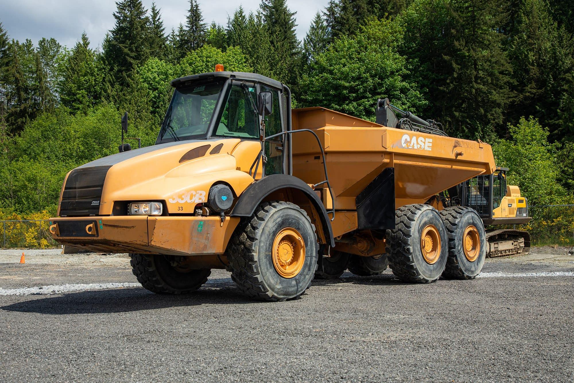 2007 Case 330B Articulated Dump Truck
