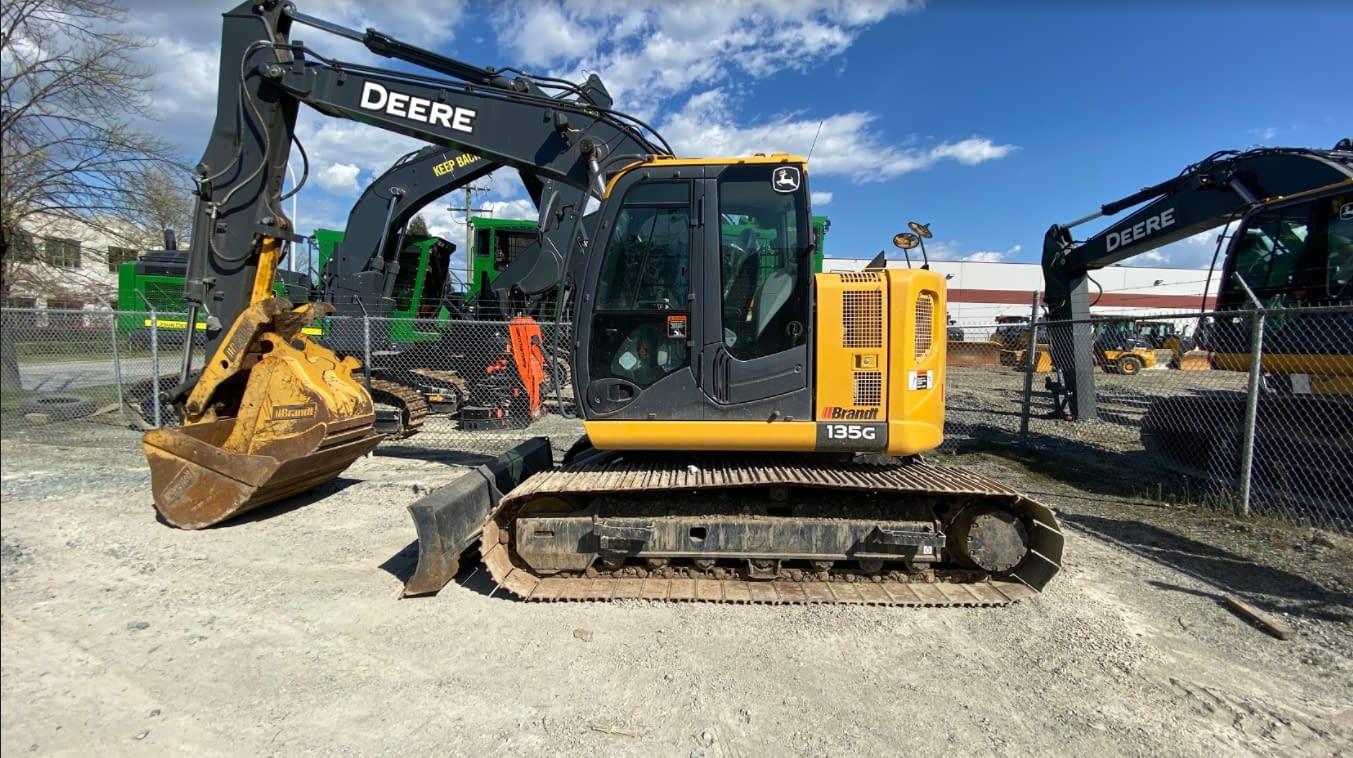 2017 John Deere 135G Excavator