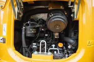 heavy duty vehicle engine view
